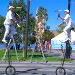 Cricketer juggler:unicyclists5